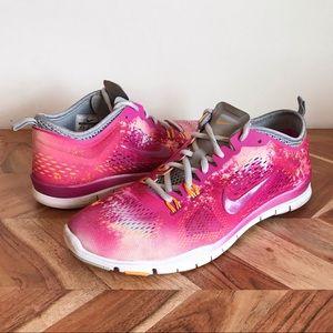 Nike   Free Run TR Fit 4 Pink Running Sneakers